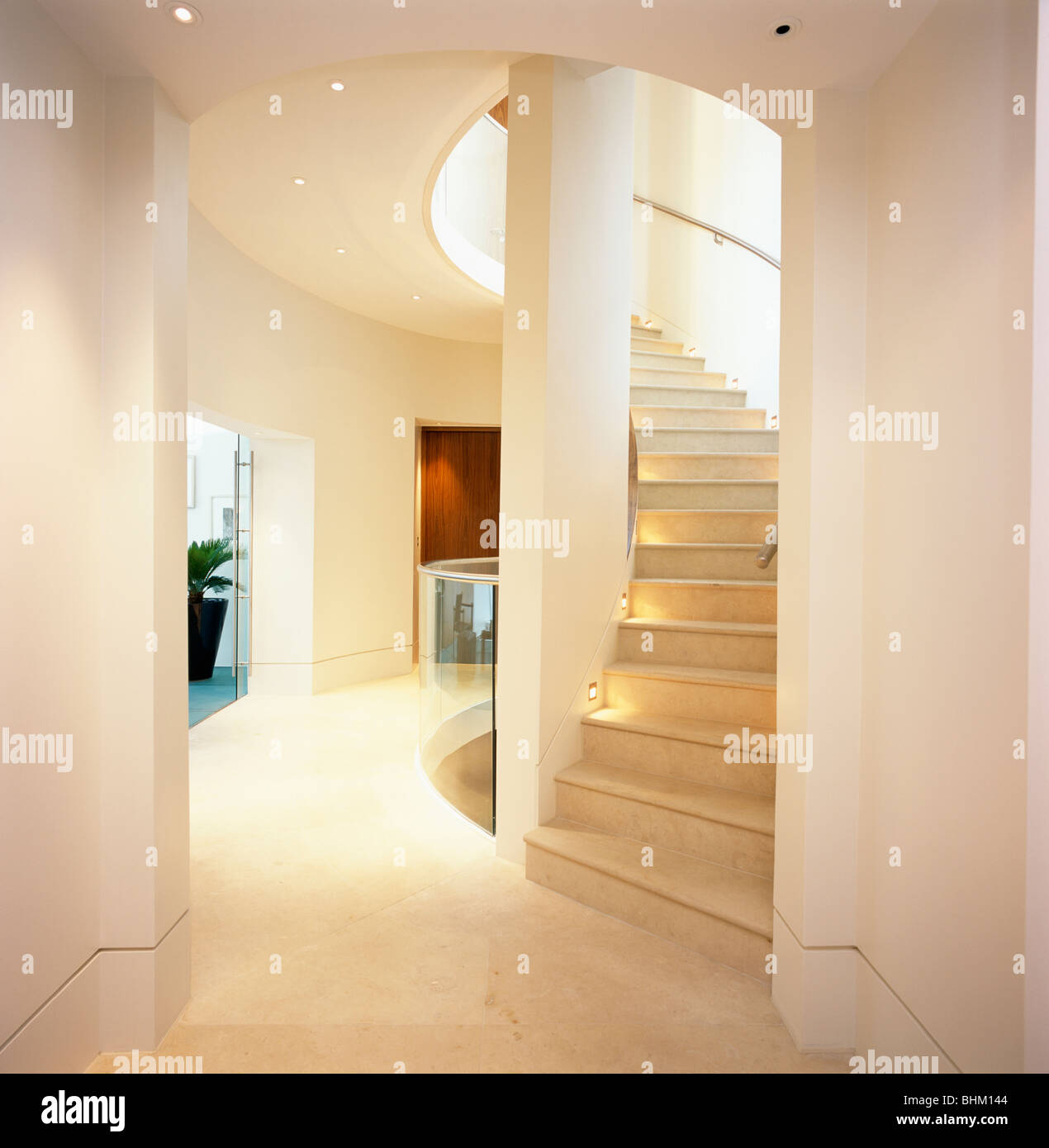 Curved Staircase Stock Photos & Curved Staircase Stock Images - Alamy