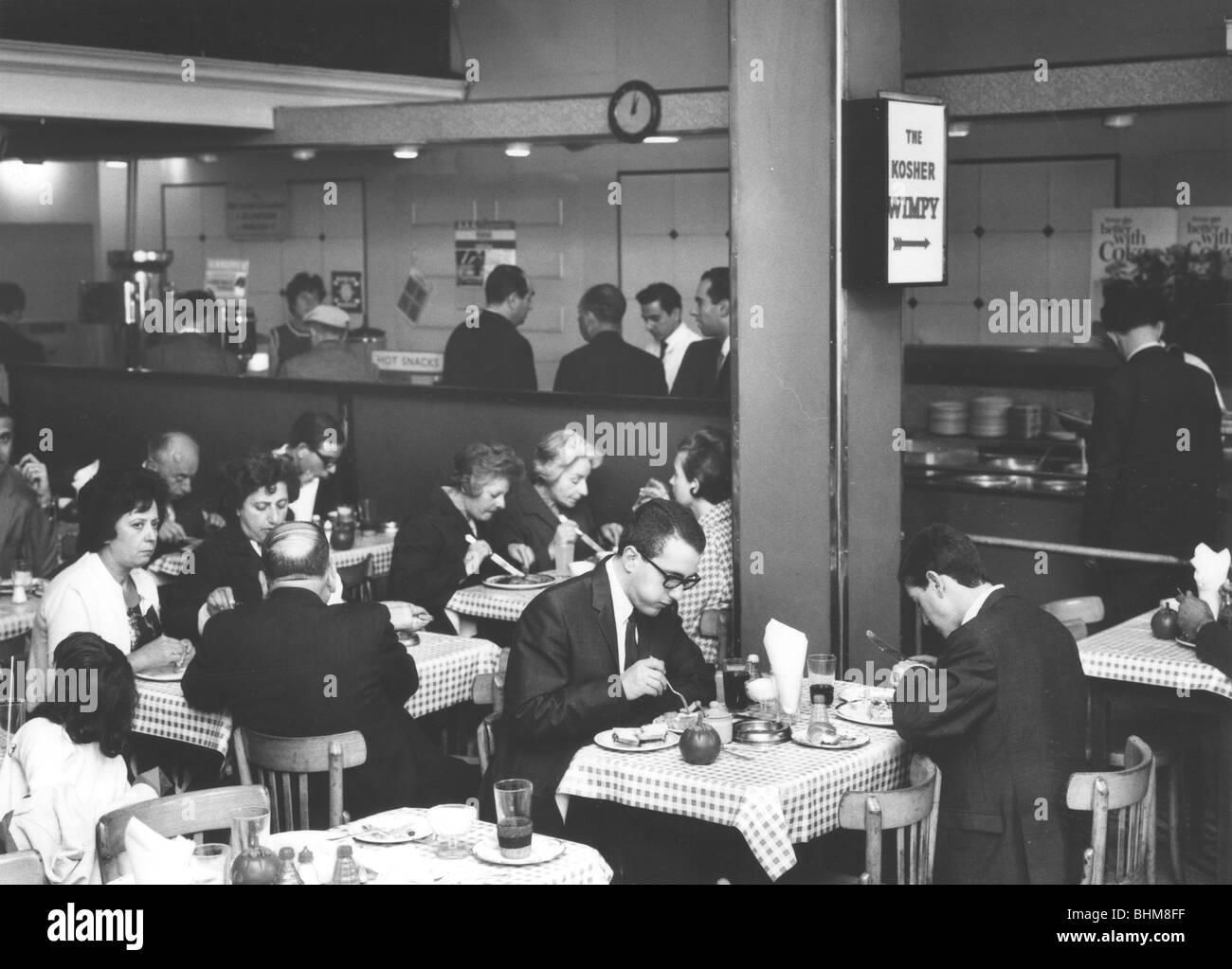 Barnett's Restaurant, Middlesex Street, London E1, August 1966. Artist: EH Emanuel Stock Photo