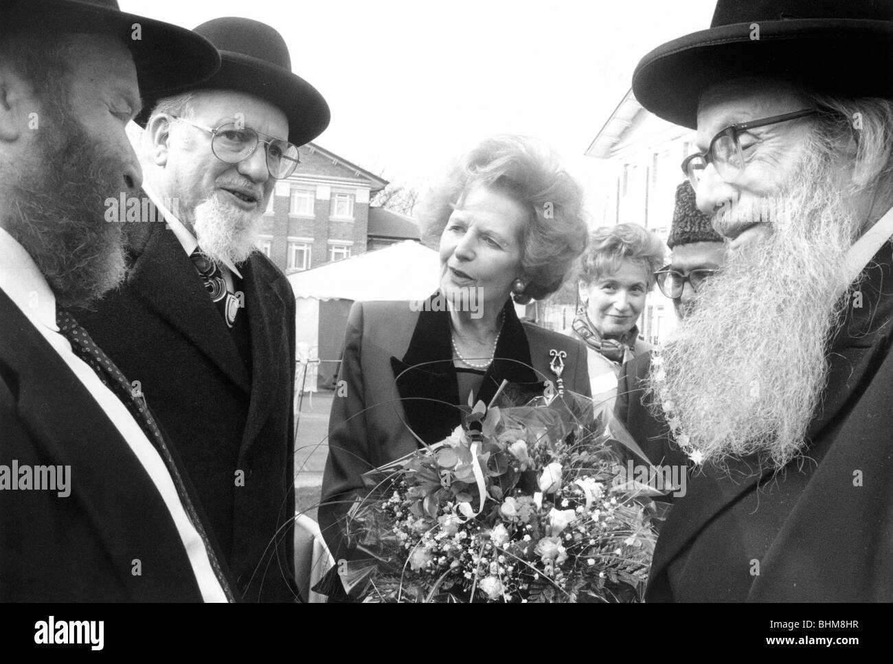 Margaret Thatcher with Jewish elders, Stoke Newington, London, 1995. Artist: John Nathan Stock Photo