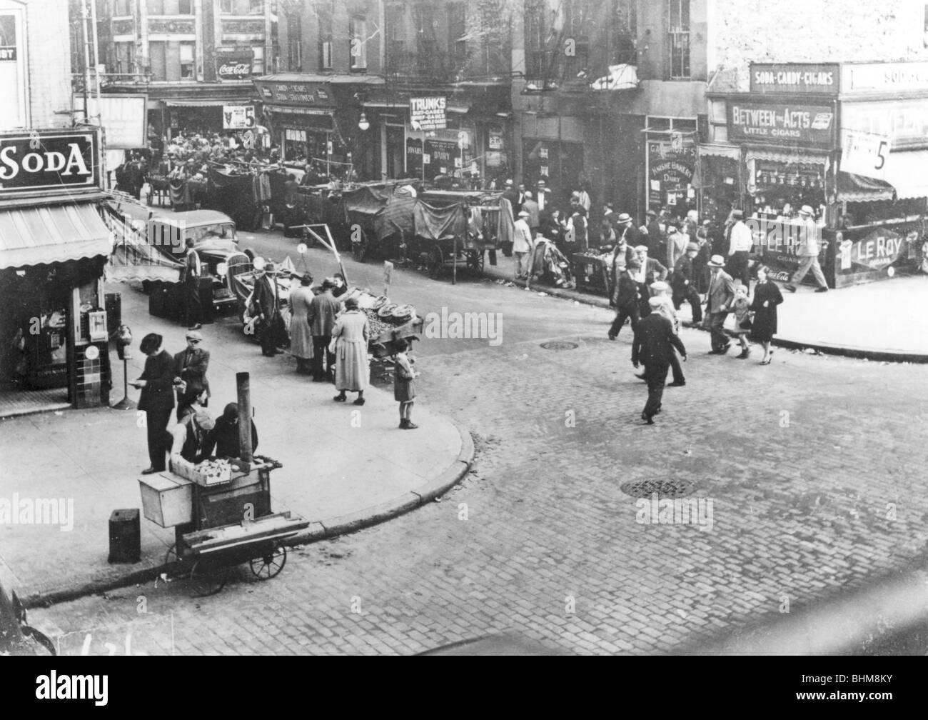 Street scene, USA, 1920s. - Stock Image