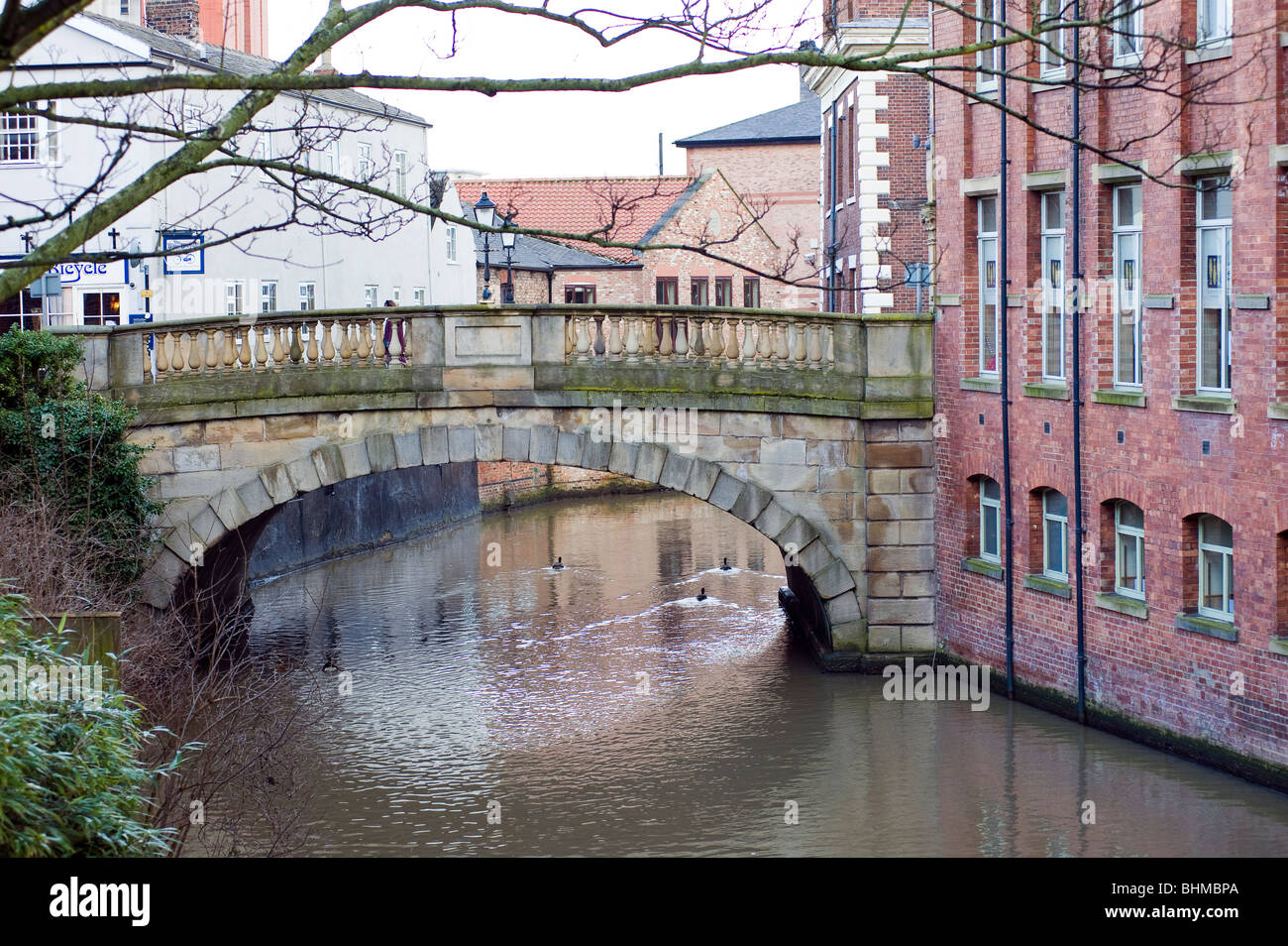The Foss Bridge, a single Georgian gritstone arch with balusters, links the streets Fossgate and Walmgate. York - Stock Image