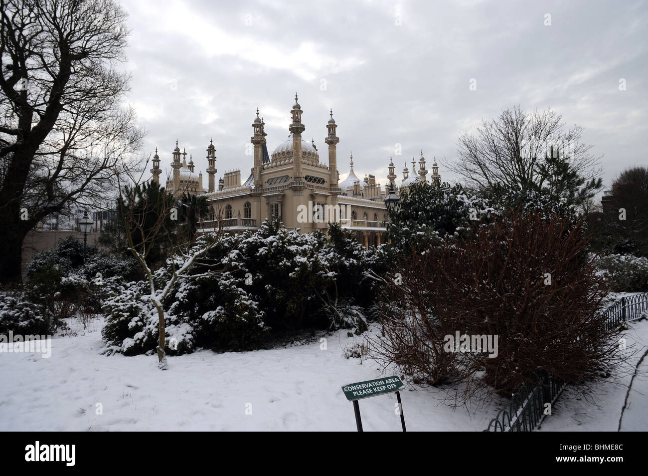 The royal pavilion brighton in the snow Stock Photo
