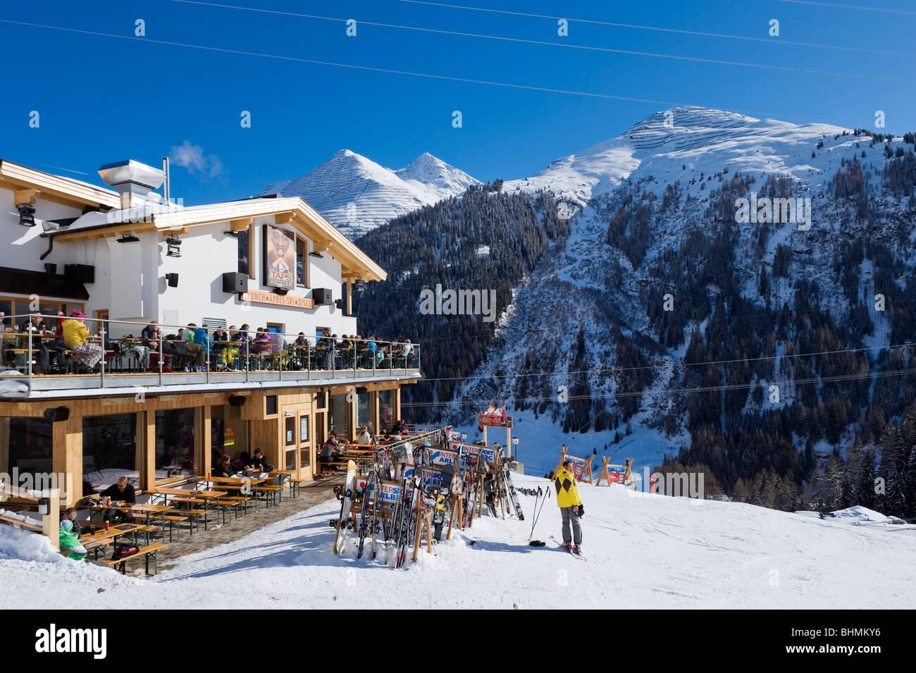 The popular Taps Coyotes mountain bar and restaurant, St Anton, Arlberg ski region, Vorarlberg, Austria - Stock Image