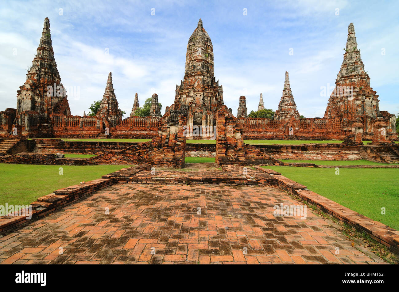 ruined wat in old siam kingdom capital ayutthaya thailand. Black Bedroom Furniture Sets. Home Design Ideas