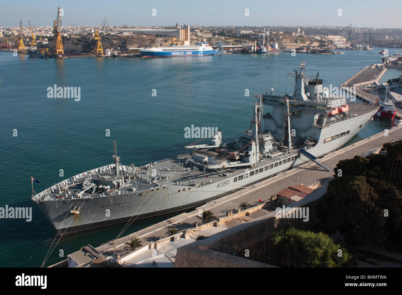 The Royal Fleet Auxiliary naval resupply ship Wave Ruler in Malta's Grand Harbour Stock Photo