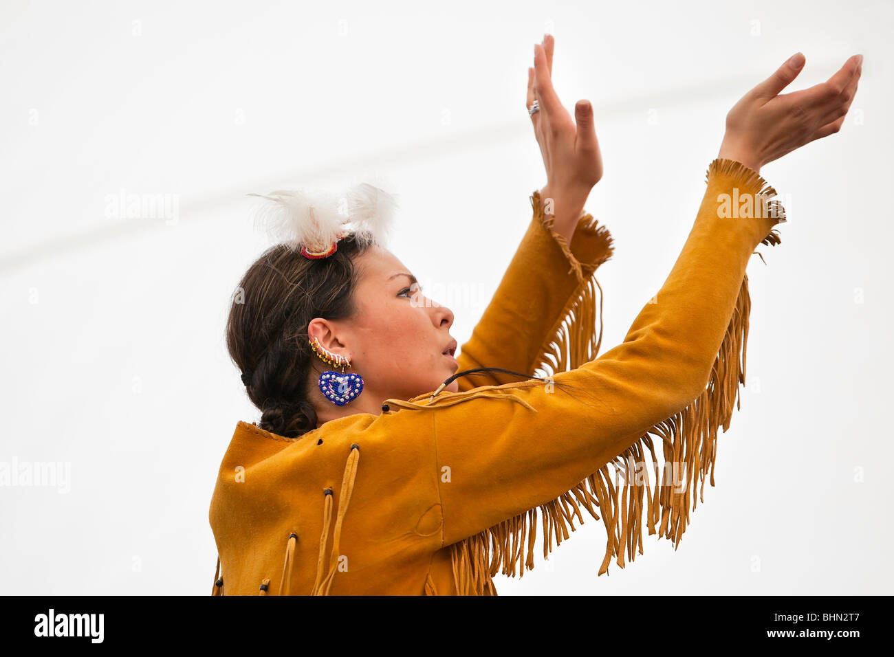 Native Canadian woman dancer, Festival du Voyageur, Winnipeg, Manitoba Canada. - Stock Image