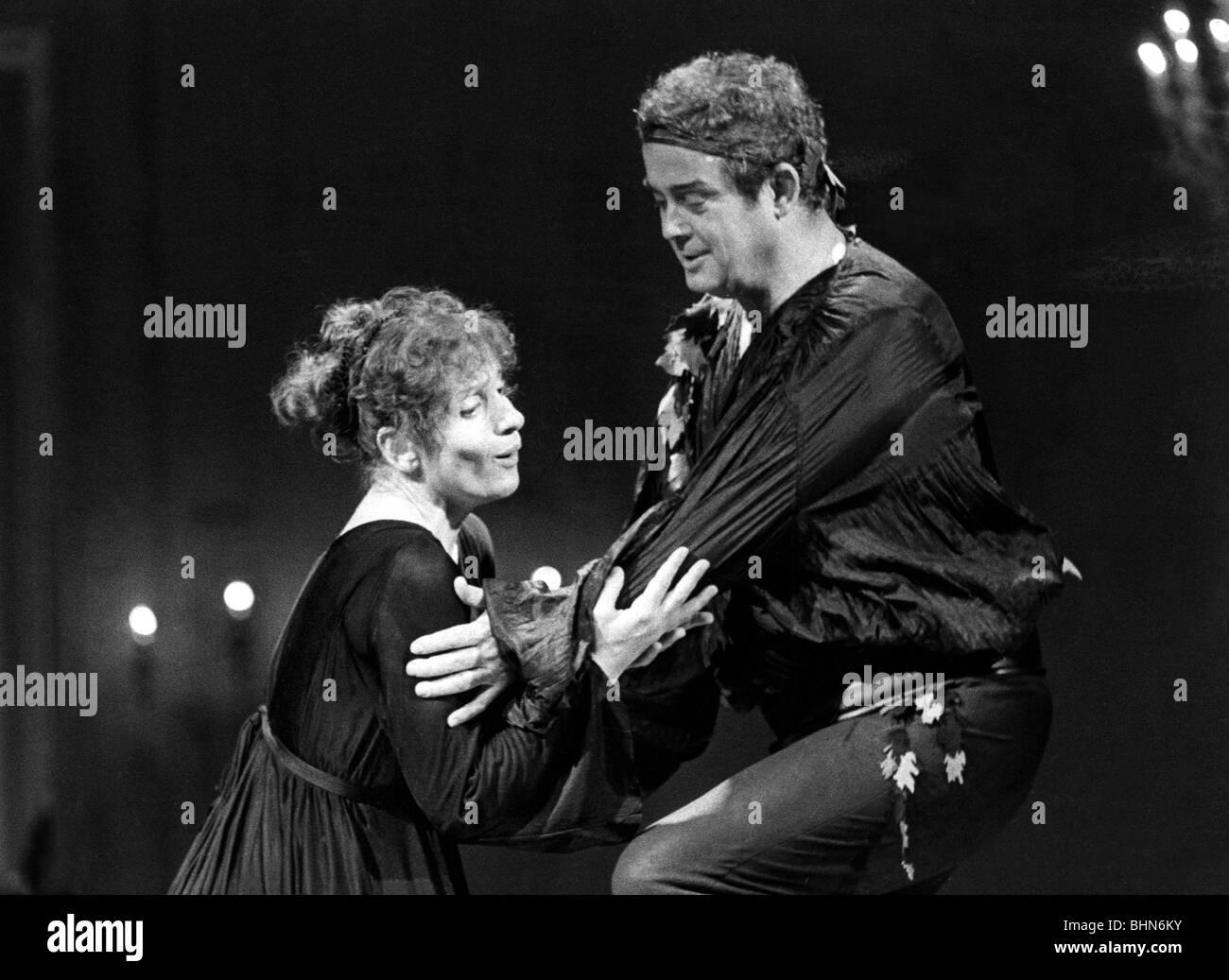 "Behrens, Hildegard, 9.2.1937 - 18.8.2009, German opera singer (soprano), with James King, scene from the opera ""Ariadne Stock Photo"
