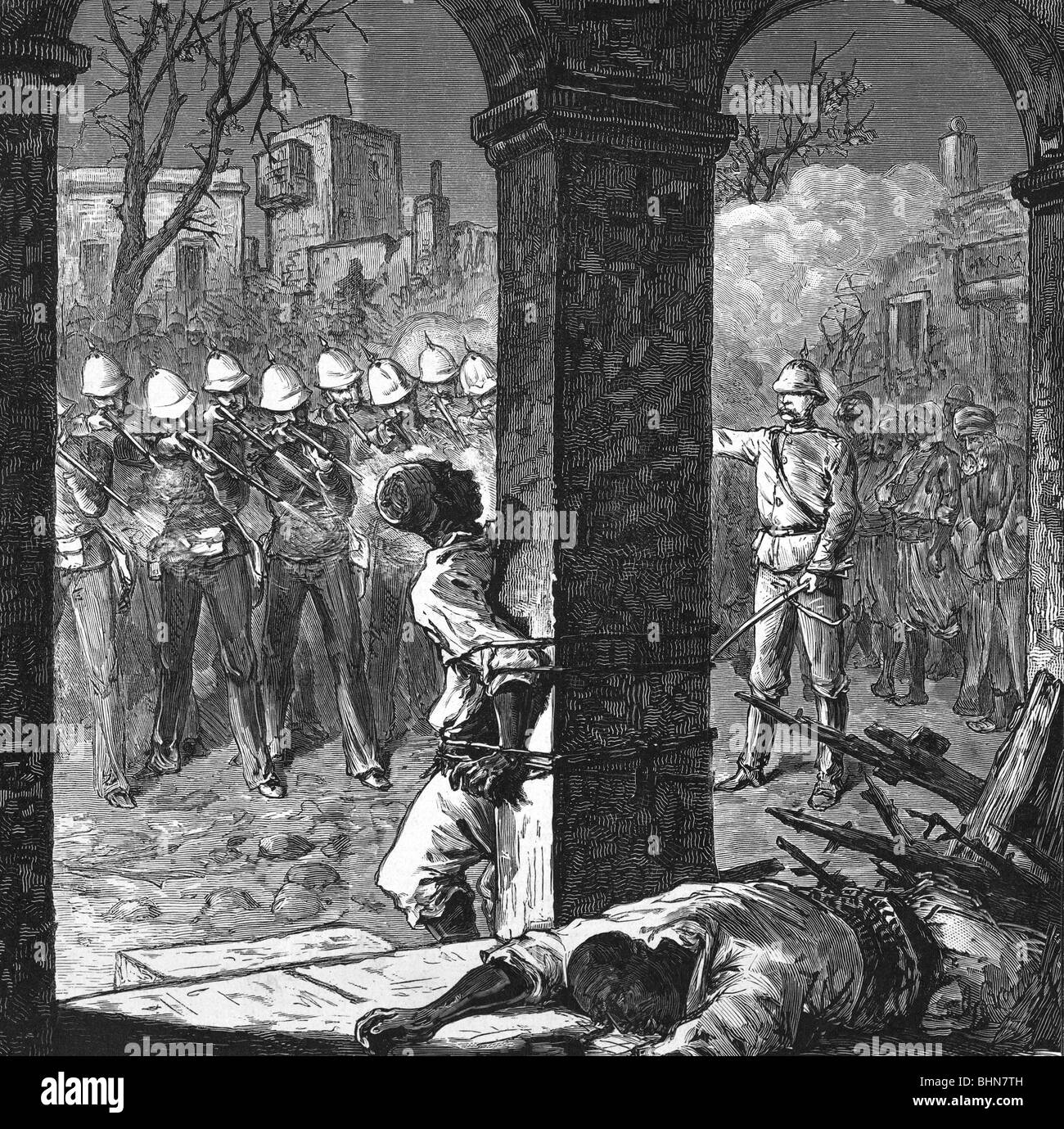 geography / travel, Egypt, revolt 1882, British soldiers executing inhabitan of Alexandria, wood engraving after - Stock Image
