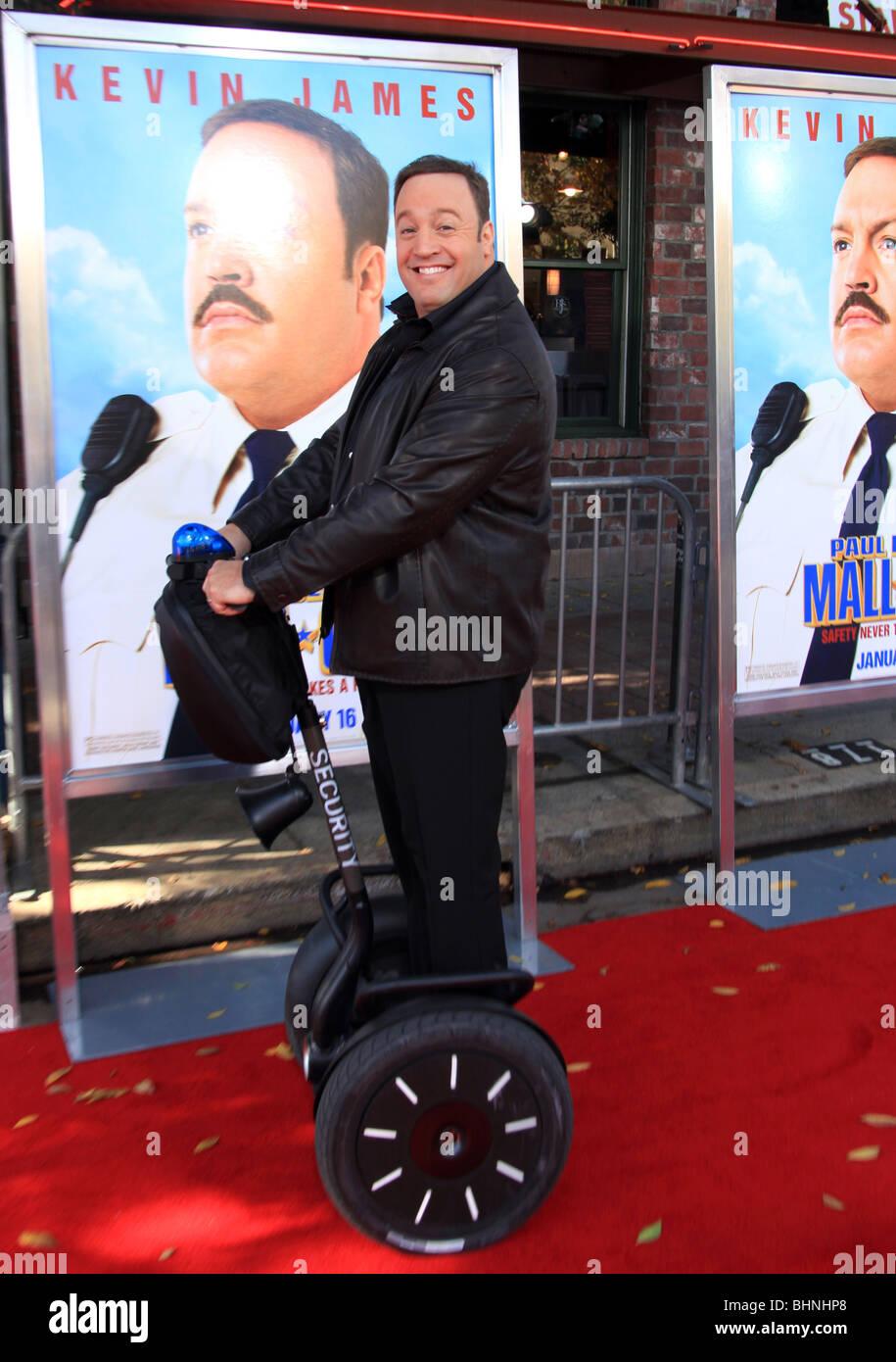 Kevin James Paul Blart Mall Cop Film Premiere Los Angeles Ca Usa 10 Stock Photo Alamy