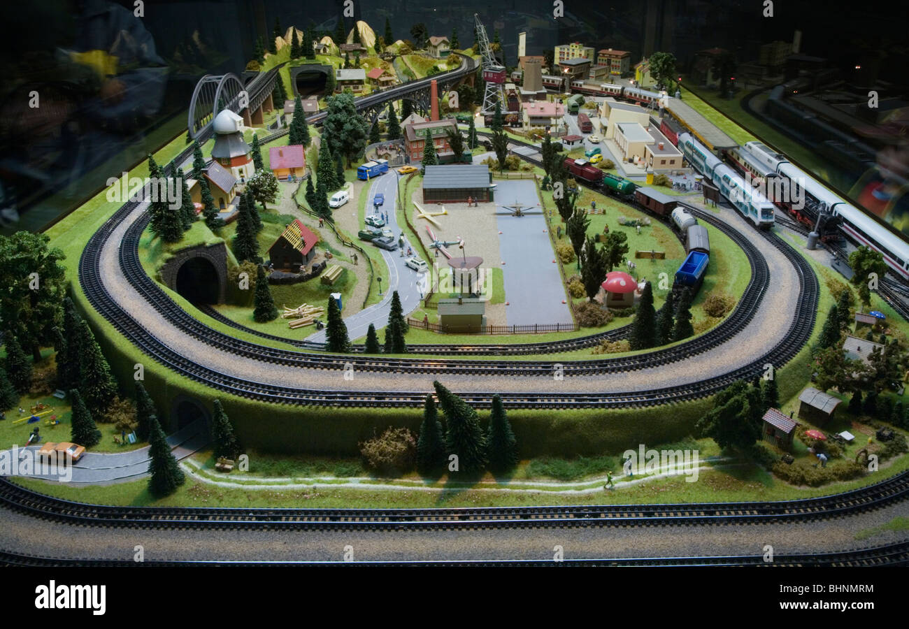 HO Scale Electric Model Toy train Large scale train set