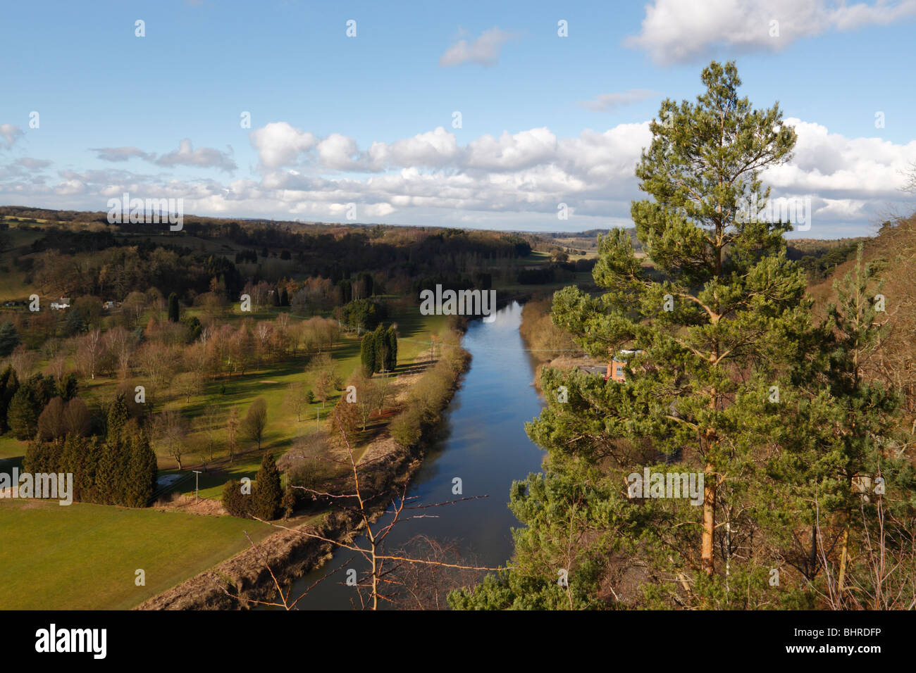 The view north along the River Severn, from the look out point on High Rock, Bridgnorth, Shropshire. Golf course - Stock Image
