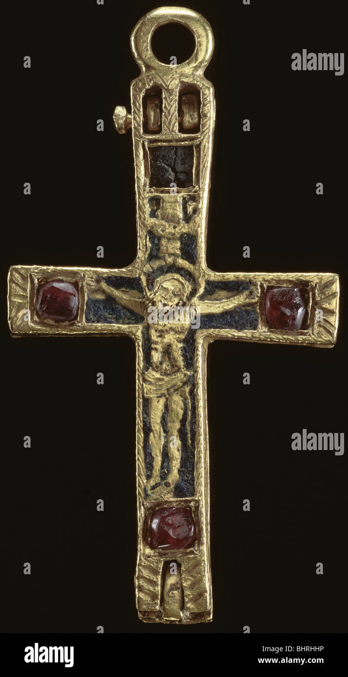 Reliquary pendant cross medieval stock photo 28178242 alamy reliquary pendant cross medieval mozeypictures Images