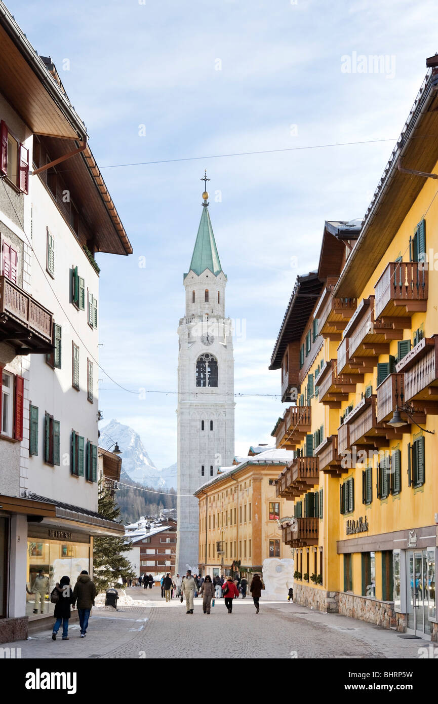 Corso Italia, the main street in the town centre, Cortina d'Ampezzo, Dolomites, Italy - Stock Image