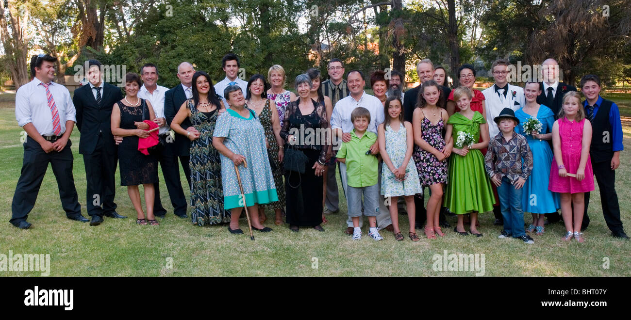 A large blended family group at a wedding in Melbourne Australia - Stock Image