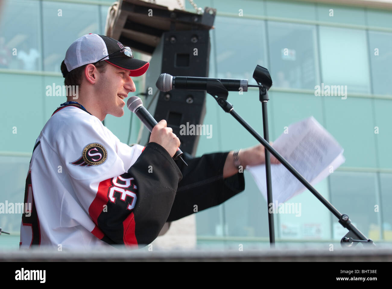 Ottawa Radio personality Stuntman Stu speaks at a pep rally on May 24 2007 for the Stanley Cup finals team the Ottawa - Stock Image