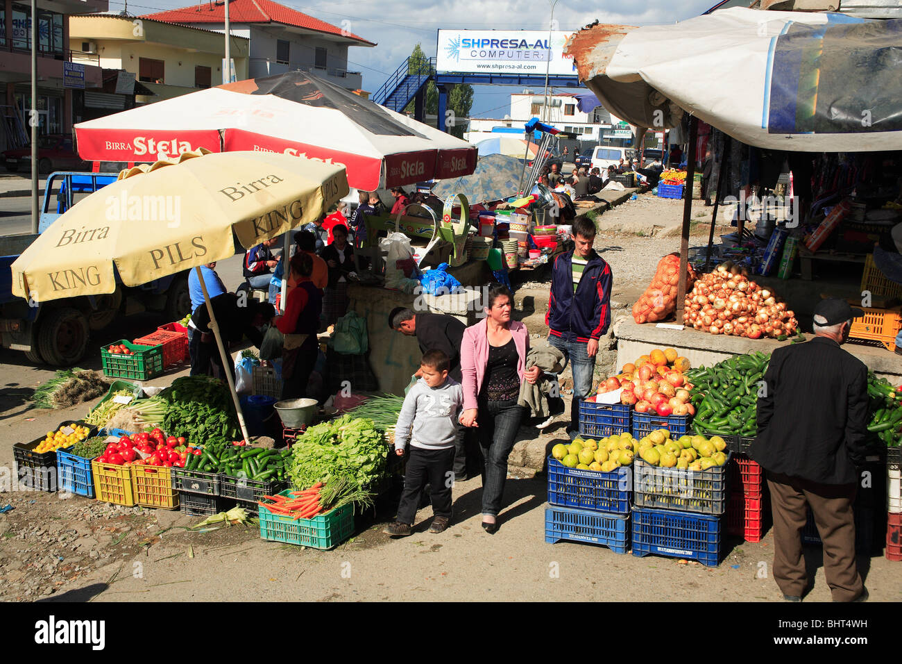 Fruit & vegetable market in Tirana, Albania - Stock Image