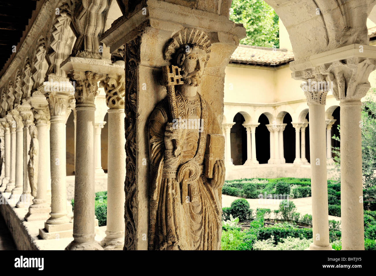 Romanesque cloisters in the Cathedral of the Holy Saviour, Cathedrale Saint Sauveur, in town of Aix en Provence, - Stock Image