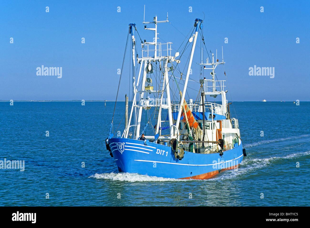 fishing smack near Norddeich, East Friesland, North Sea Coast, Lower Saxony, Germany - Stock Image