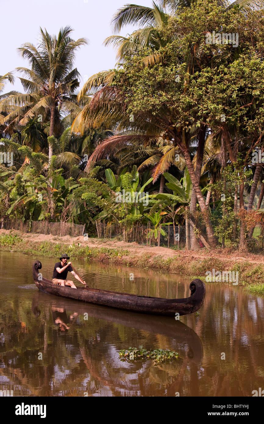 India, Kerala, Alappuzha, Chennamkary, western visitor