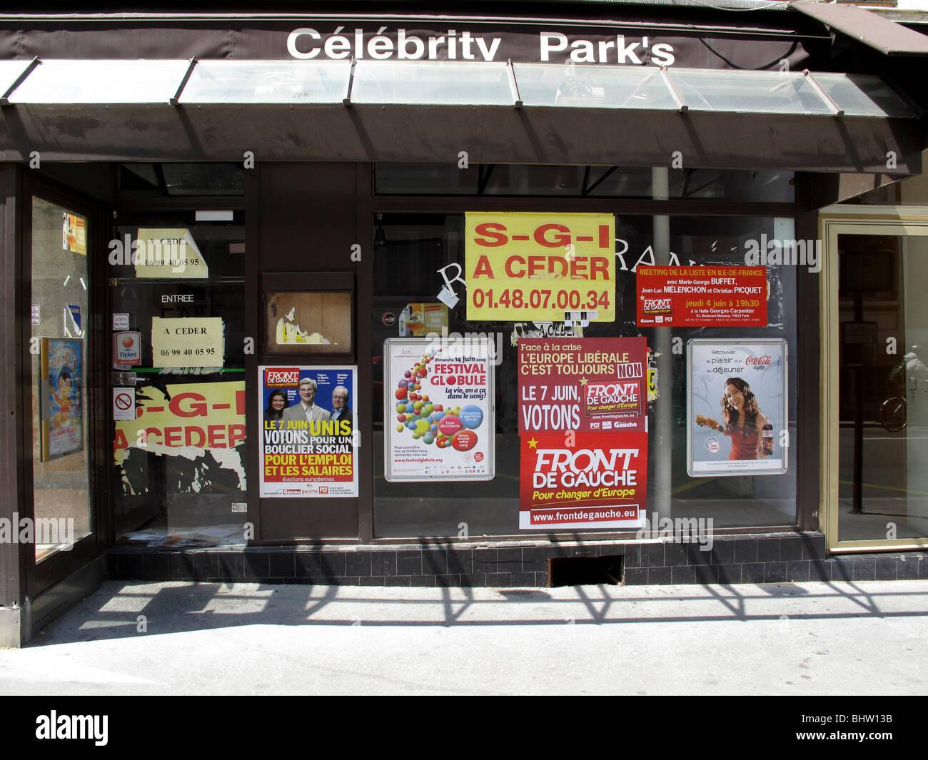 Restaurant close,economic crisis in Paris, France - Stock Image