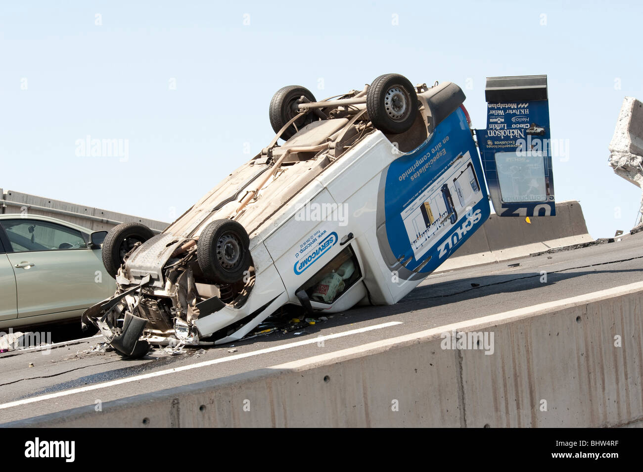 Collapsed Higway, Americo Vespucio Norte. With cars who fell in to the empty. - Stock Image