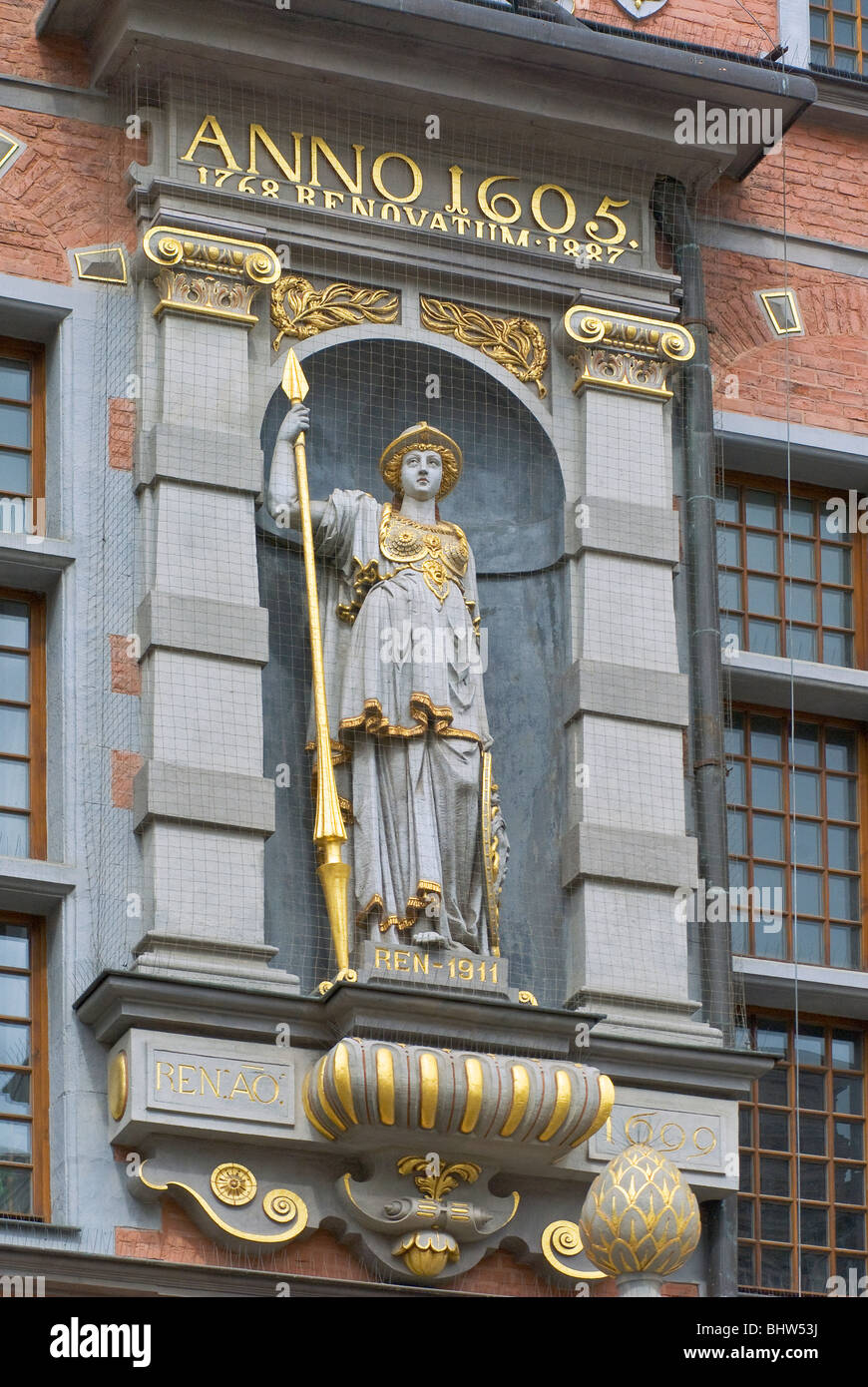 Sculpture of Athena at Portal at Great Arsenal in Gdańsk, Pomorskie, Poland - Stock Image