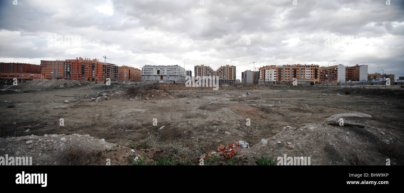 Wall of new housing blocks on the outskirts of Madrid. - Stock Image