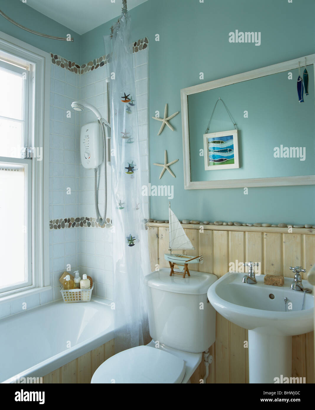 Tongue+groove dado paneling in small economy-style pale turquoise ...