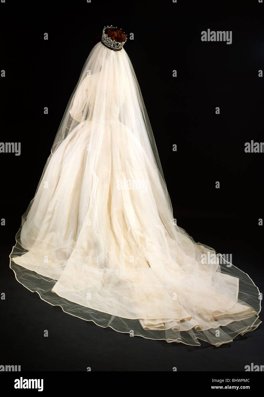 Princess Margaret S Wedding Dress Rear View 1981 Artist