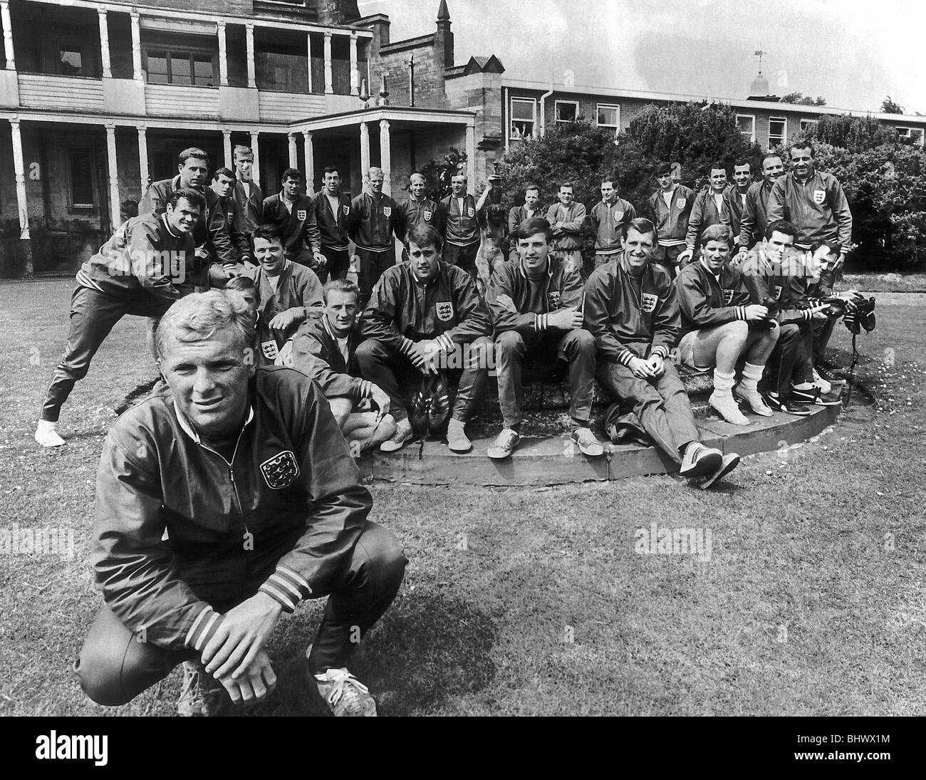 England Football Captain Bobby Moore and the 1966 World Cup football squad - Stock Image