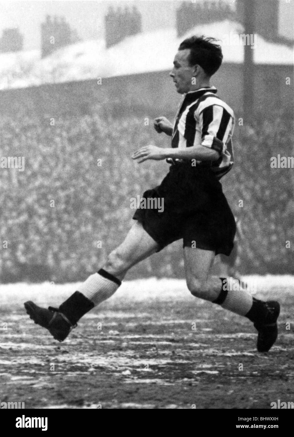 George Hannah. (Newcastle F.C.). February 1954 Also to arrive from Ulster was George Hannah, an influential schemer - Stock Image