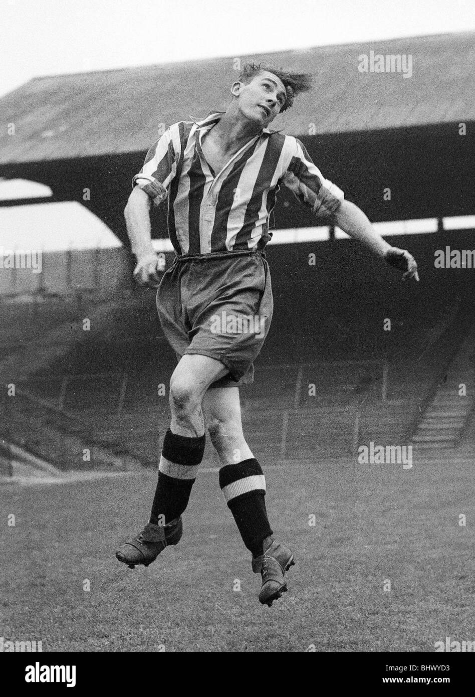 Jackie Millburn Newcastle United FC A young Ashington forward called Jack Milburn earned a trial with United in - Stock Image
