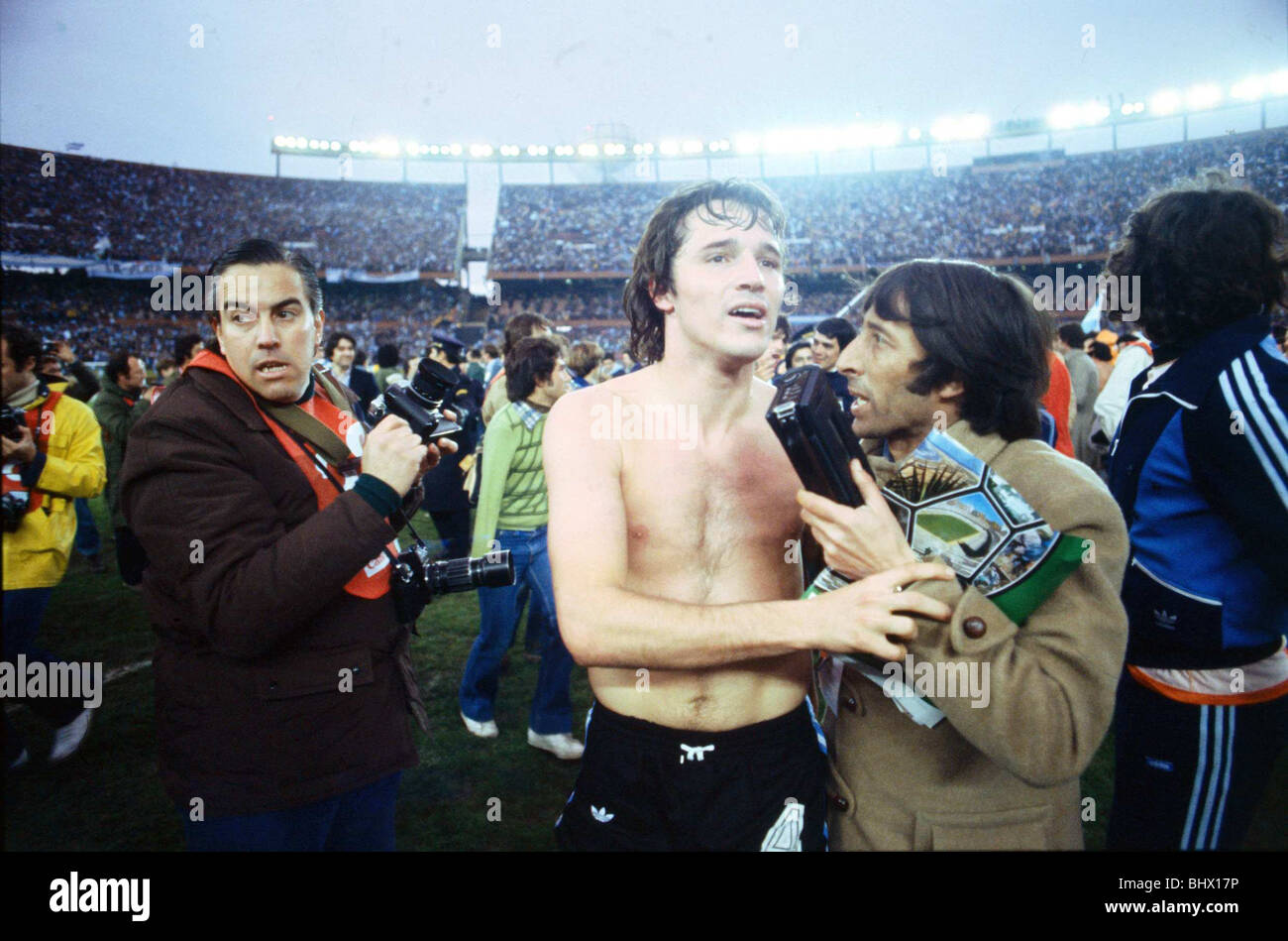 world-cup-1978-final-holland-1-argentina-3-after-extra-time-daniel-BHX17P.jpg