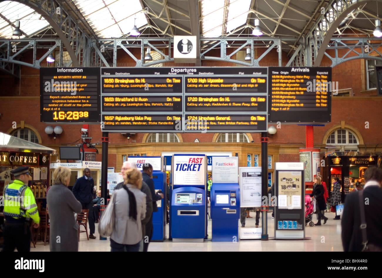 Marylebone Station interior, Travel information, London, England, UK, Europe - Stock Image