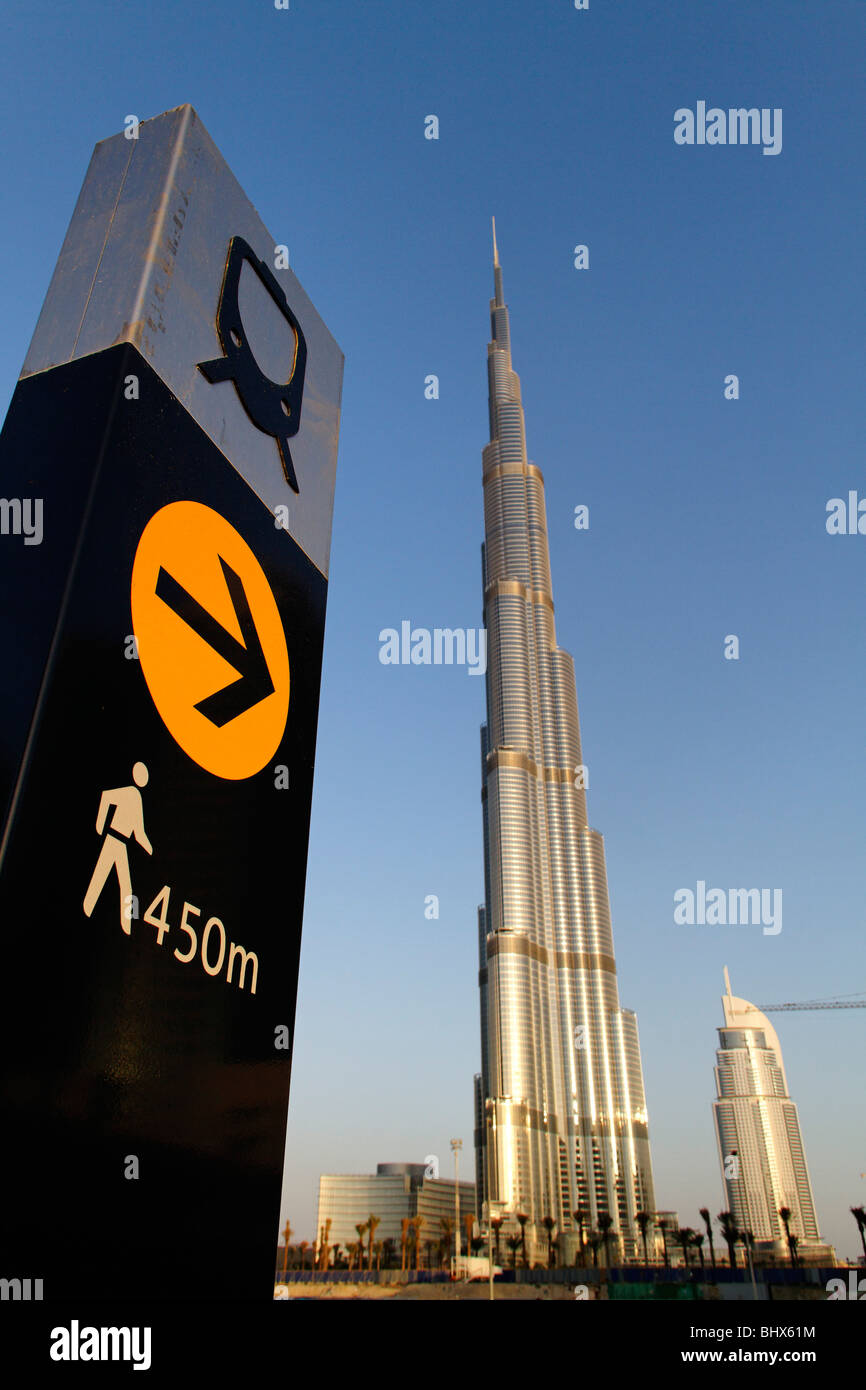 Burj Khalifa, highest Skycraper in the World, 828 meter, 2625 feet, Burj Dubai, Dubai United Arab Emirates  - Stock Image