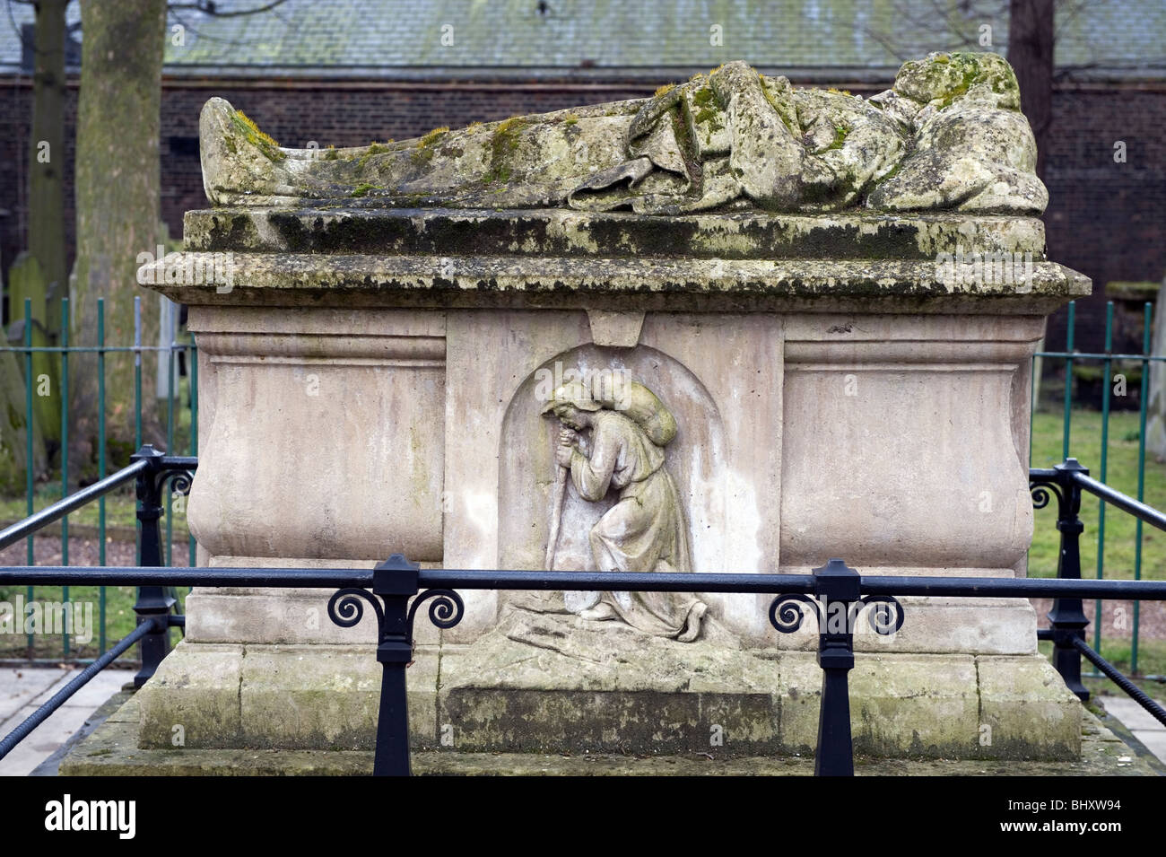 Bunhill Fields, London, Britain, UK. Grave of John Bunyan, author of Pilgrims Progress. Died 1668. - Stock Image
