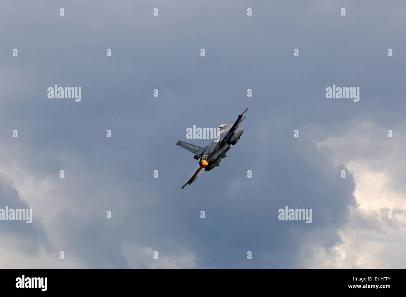 Fighter jet F-16 - Stock Image