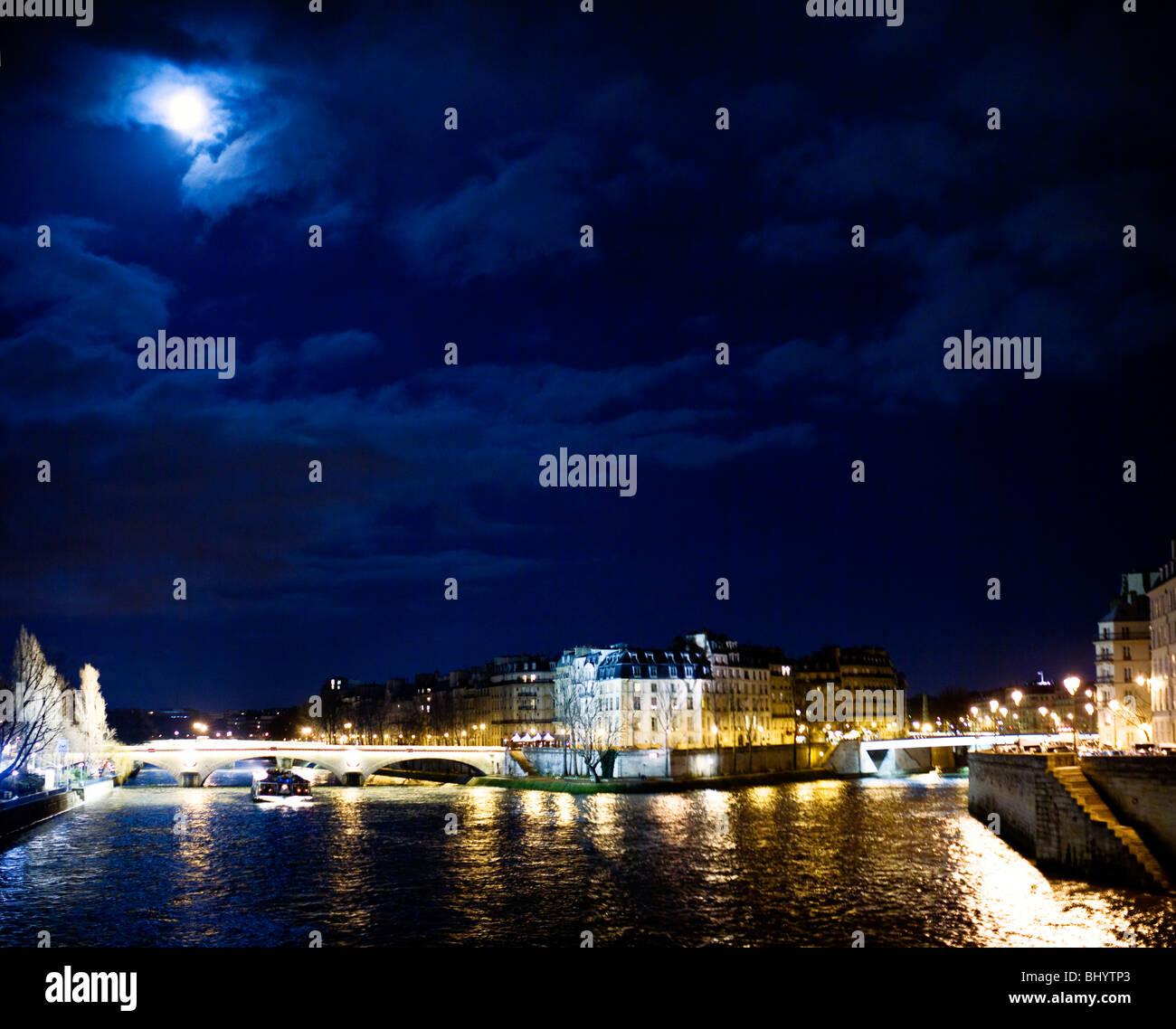 Moonlight Over the Seine, Paris - Stock Image