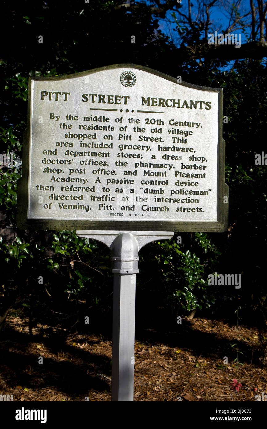 Pitt Street Merchants - By the middle of the 20th Century, the residents of the old village shopped on Pitt Street - Stock Image