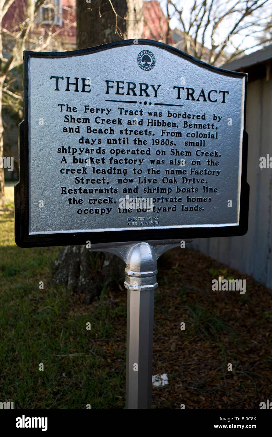 The Ferry Tract - The Ferry Tract was bordered by Shem Creek and Hibben, Bennett and Beach streets. - Stock Image