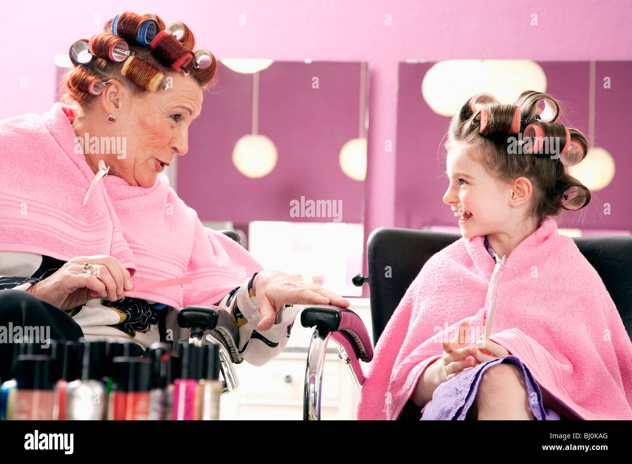 Precocious stock photos precocious stock images alamy for Spa uniform norge