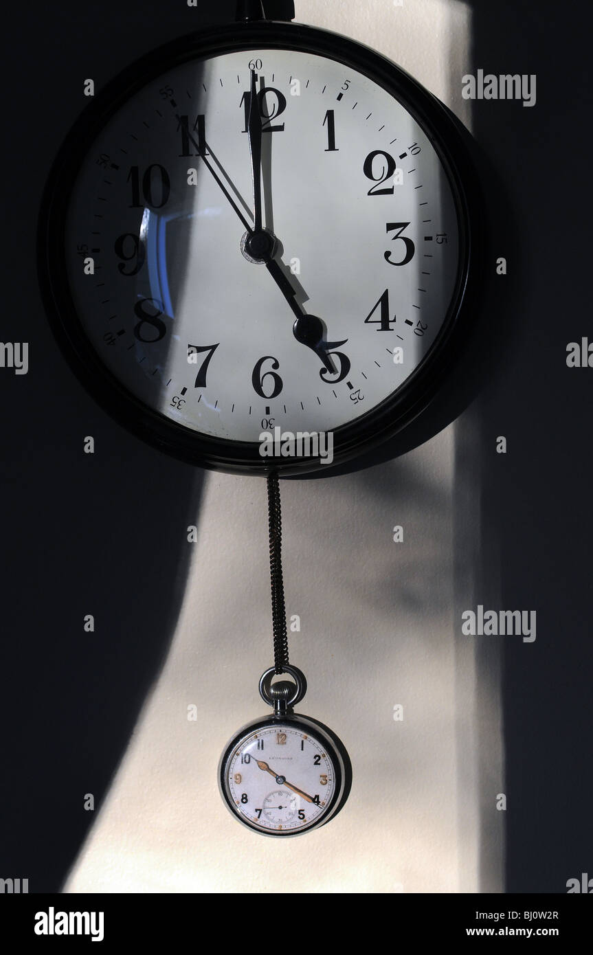 Five o,clock,pm,PM,accuracy, alarm, analog, arrow, background, black, business, circle, classic, clock, concept, - Stock Image