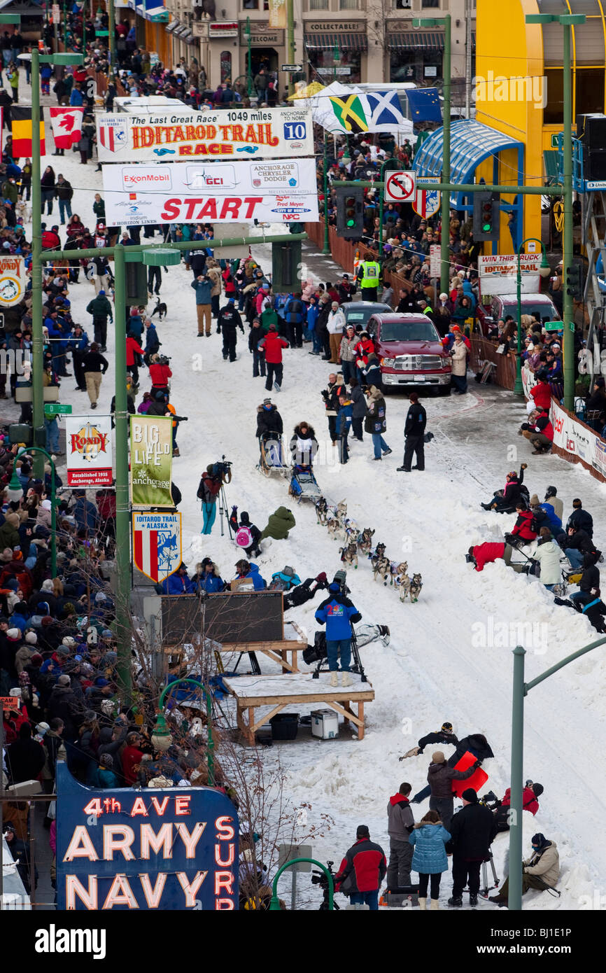 Musher at the ceremonial start of the 2010 Iditarod Trail Sled Dog Race. - Stock Image