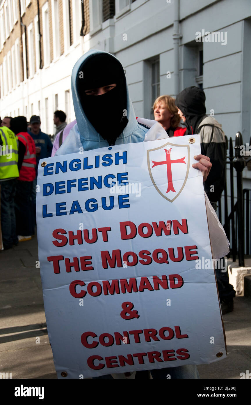English Defence League ( EDL )  march in London in support of the far-right Dutch Islamophobic politician Geert - Stock Image