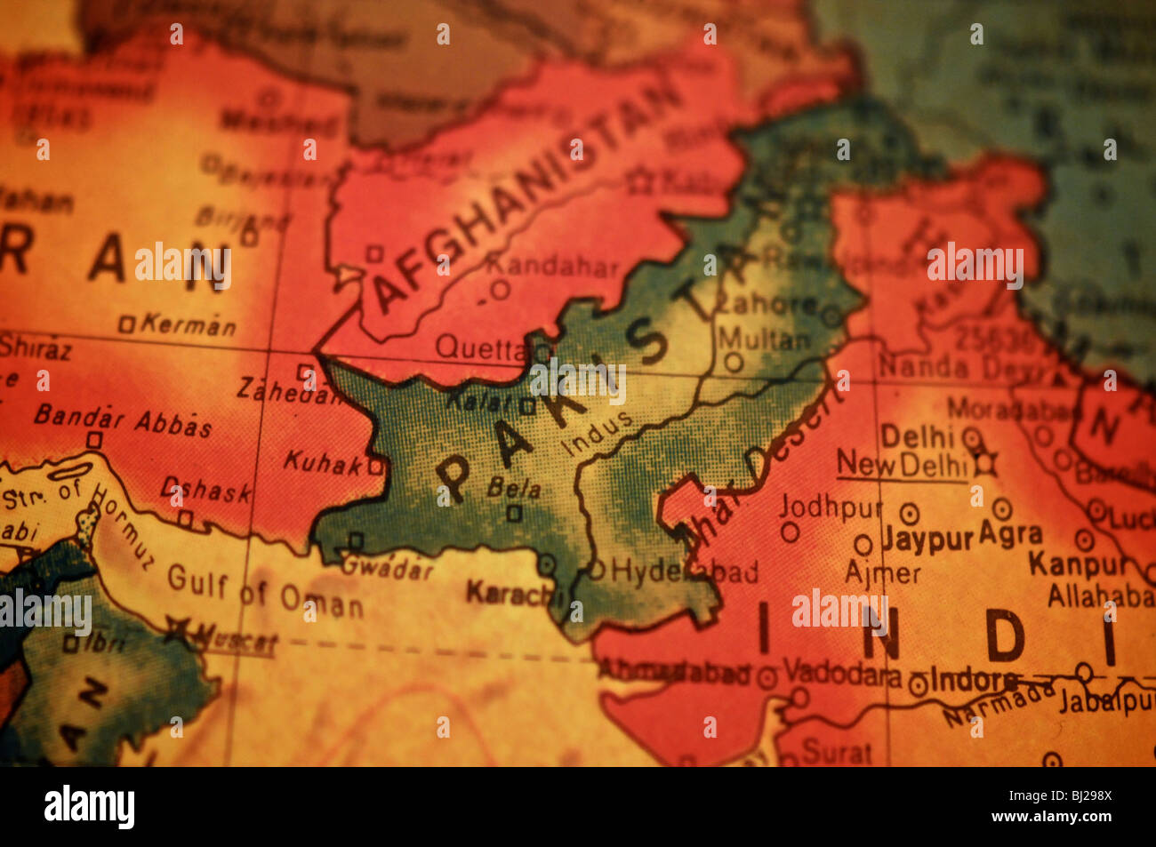A detail photo of the world as depicted on an antique globe. Focusing on Pakistan. - Stock Image