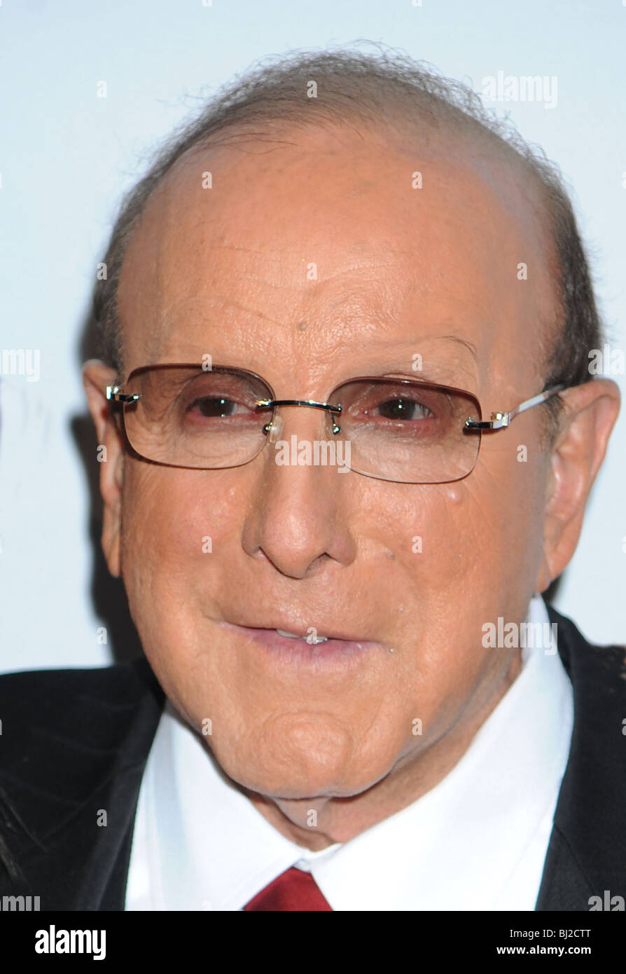 CLIVE DAVIS - UK music impressario in January 2010 - Stock Image