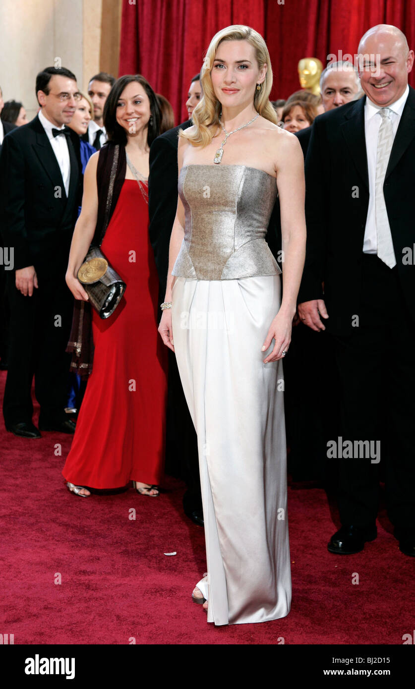 KATE WINSLET 82ND ACADEMY AWARDS RED CARPET ARRIVALS KODAK THEATRE