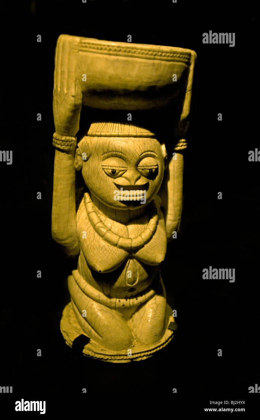 A seventeenth century ivory figure from Owo Benin Nigeria - Stock Image