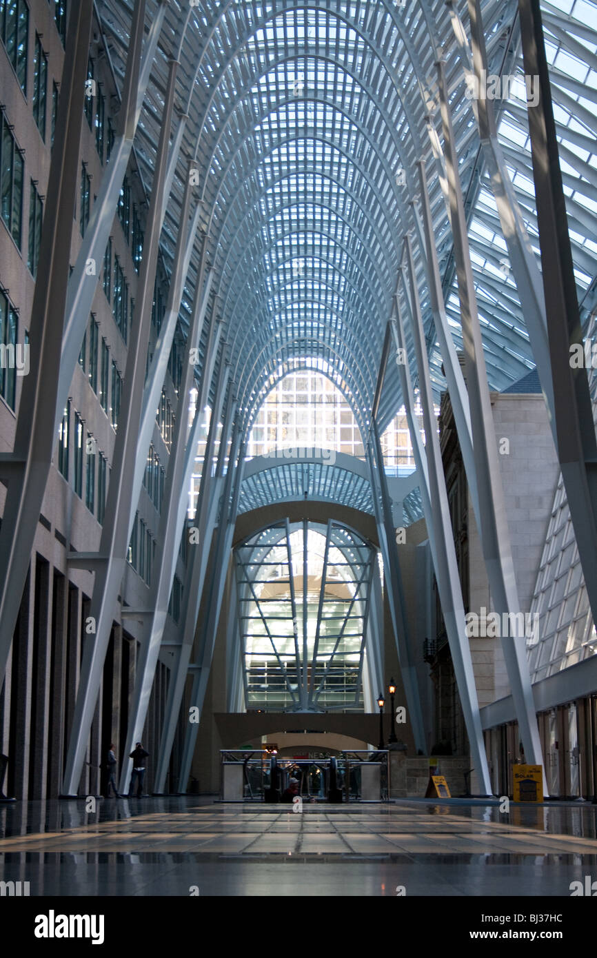 The famous arch support structure inside brookfield place (previously bce place) during the day - Stock Image