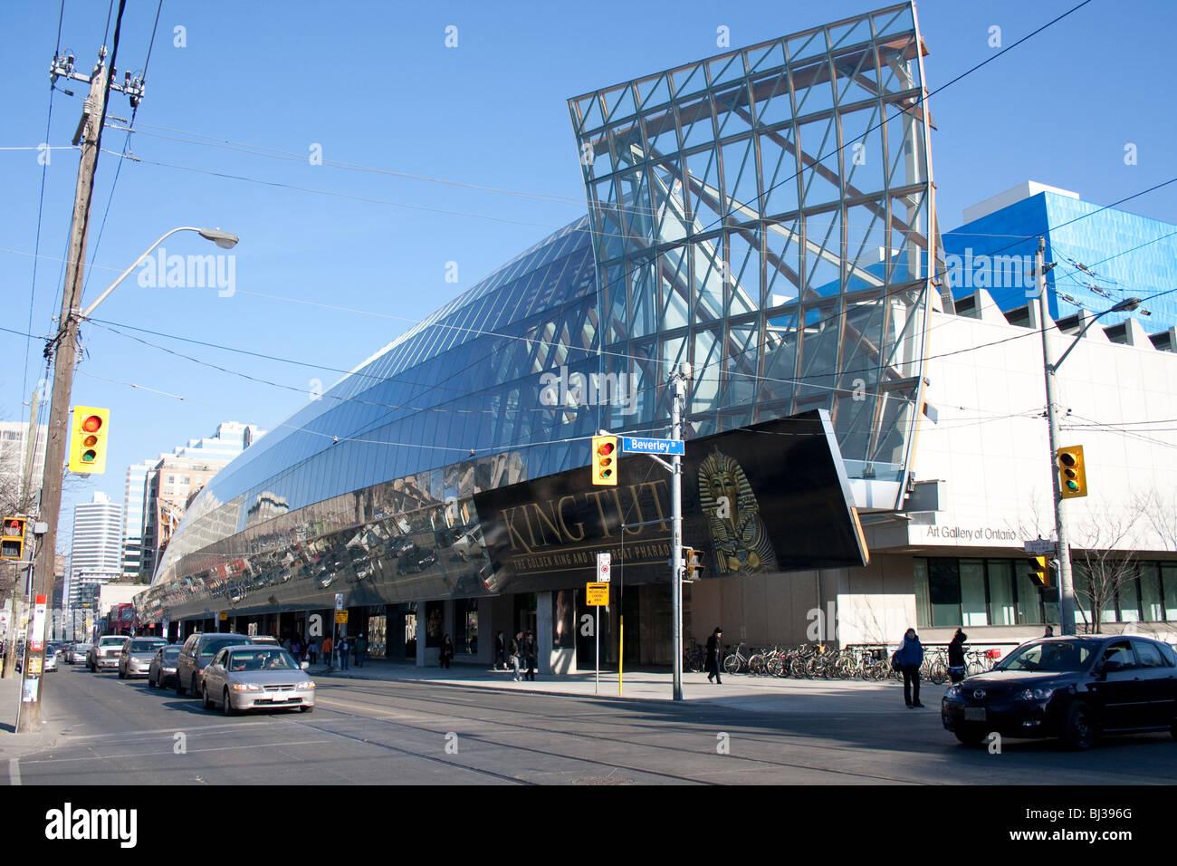 Foto De Galería De Arte De Ontario Ago Toronto: Outside Of The Art Gallery Of Ontario (AGO) Along Dundas